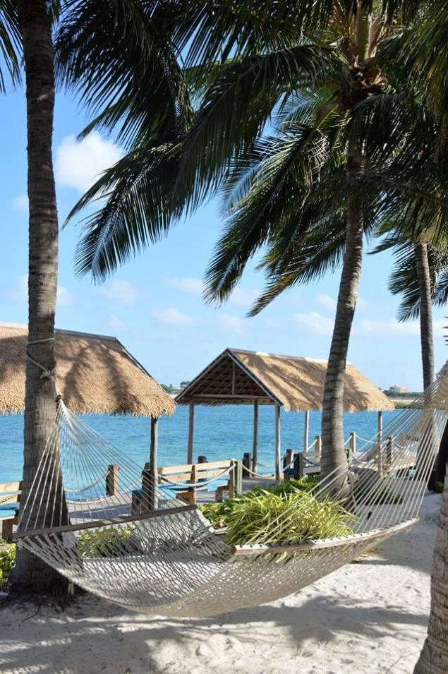 aruba_renaissance_island