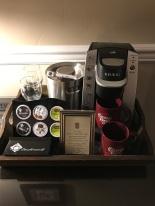 Quarto Carriage House Inn - Café da manhã no quarto